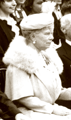 Queen Mary at the opening of Lynden Hall, 1938.